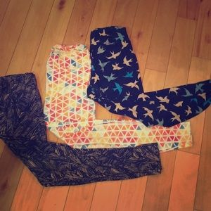 Lularoe 3 pair comfy cute leggings